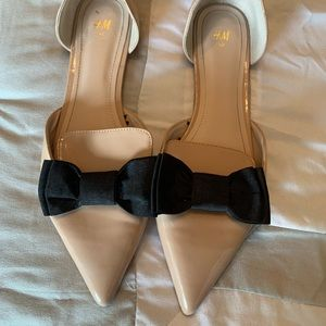H&M Nude Shoes with black bows